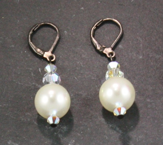 Coco Cream Earring