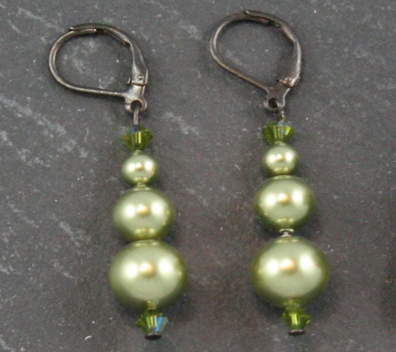 Grace Light Green Earrings