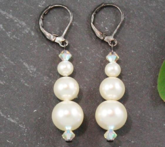 Grace Cream Earrings