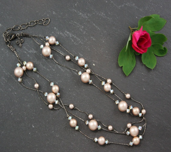 Grace Powder Almond Champagne Necklace