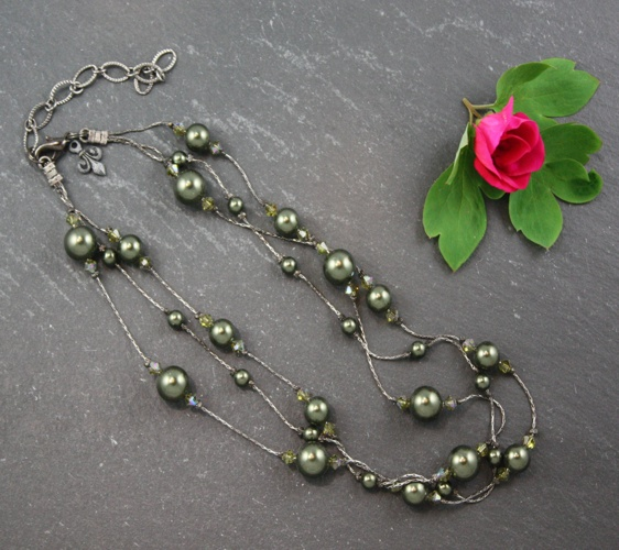 Grace Dark Green Necklace