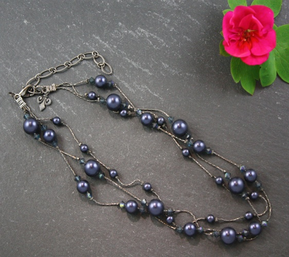 Grace Night Blue Navy Necklace